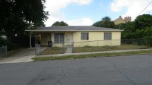 813 7th St., West Palm Beach 33401