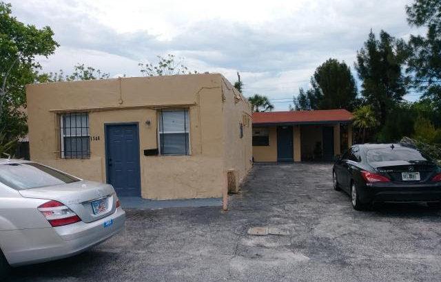 1165 W 31 St, Riviera Beach, FL 33404