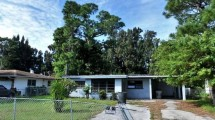 203 N 21st St Fort Pierce, FL 34950