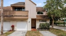 828 NW 81 Way #11 Plantation, FL 33324