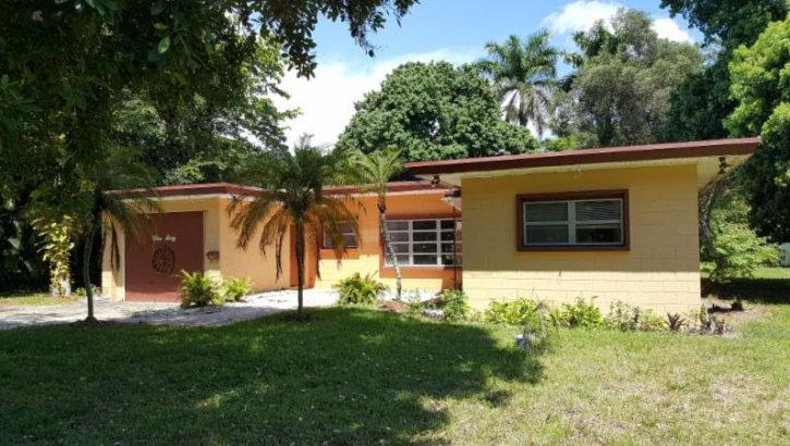 360 N. Fig Tree Lane, Plantation, FL 33317