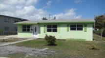 927 Magnolia Dr., West Palm Beach, FL 33403