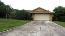 107 SW South Wakefield Circle Port Saint Lucie, FL 34953