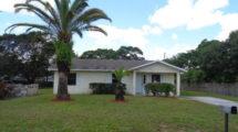 2577 Iroquois Avenue Fort Pierce, FL 34946