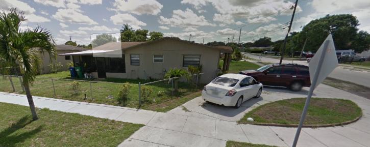 2900 NW 156 ST Miami Gardens, FL 33054