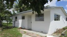 3341 NW 208th Terrace Miami Gardens, FL 33483