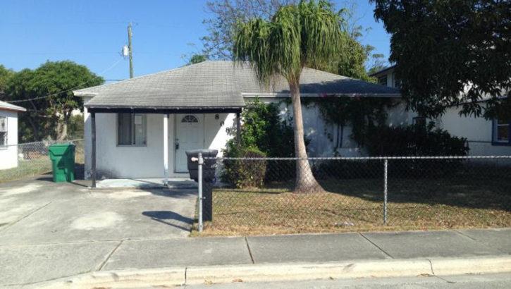 808 W 5 St, Riviera Beach, FL 33404