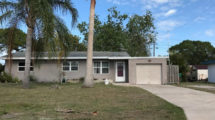 211 Beach Ave Port St Lucie, FL 34952