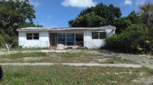 6104 Chipewyan Dr. Lake Worth, FL 33062