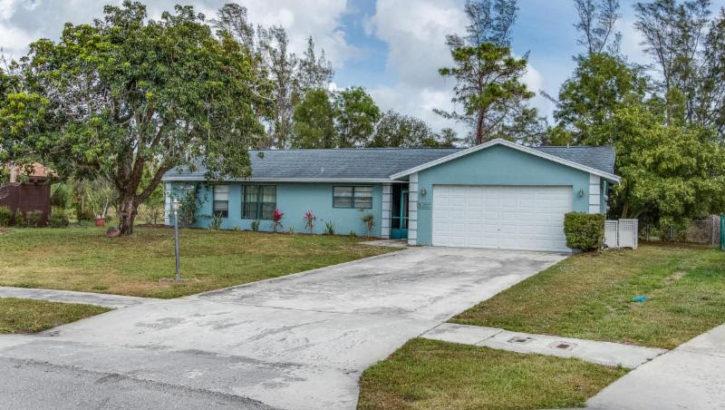 8085 Marshwood Lane Lake Worth FL 33467