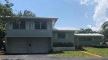 2660 NE 27th St., Lighthouse Point, FL 33064
