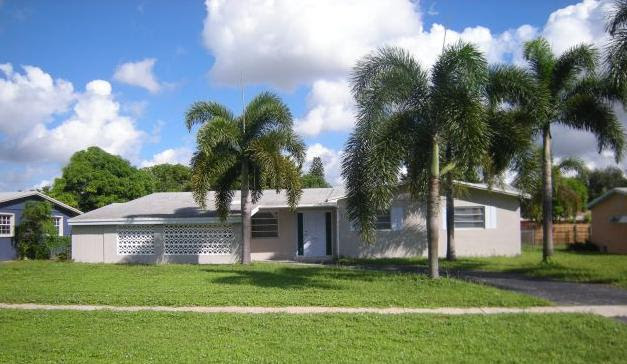 4723 NW 4th St., Plantation, FL 33317