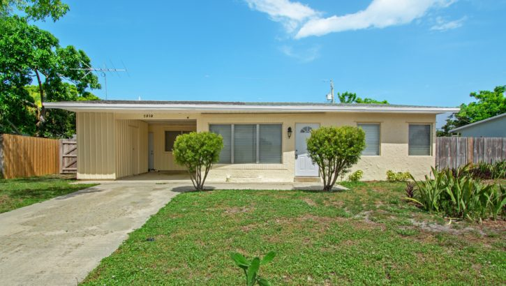 2810 NE 9th Terrace Pompano Beach, FL 33064