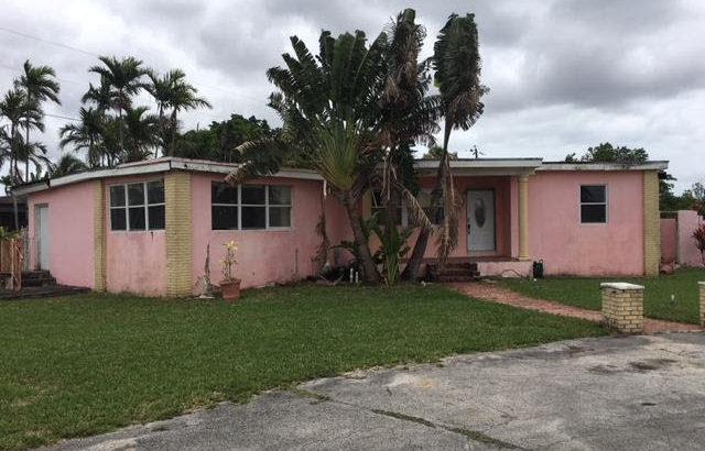 2001 SW 82nd Ave, Miami, FL 33155
