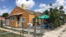 320 NW 25th Ave, Miami, FL 33125