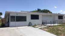 424 Pensacola Dr, Lake Worth, FL 33462