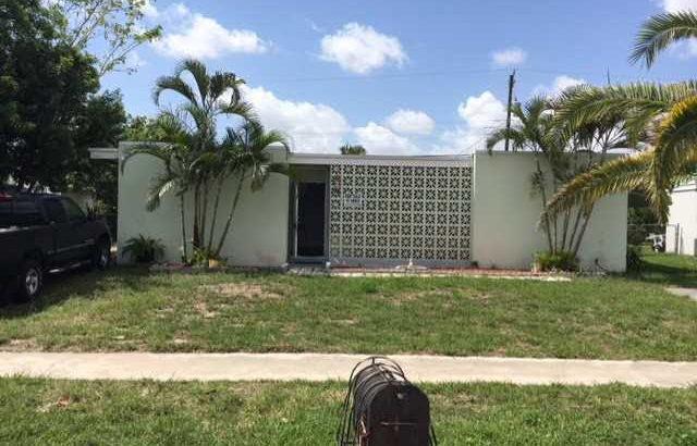 568 Tallulah Road Lake Worth FL 33462