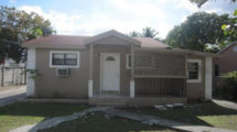 720 NW 113th St, Miami, FL 33168