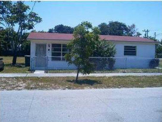 918 NW 2nd Ave, Hallandale Beach, FL 33009