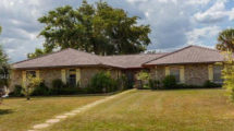 9900 NW 38th St, Coral Springs, FL 33065