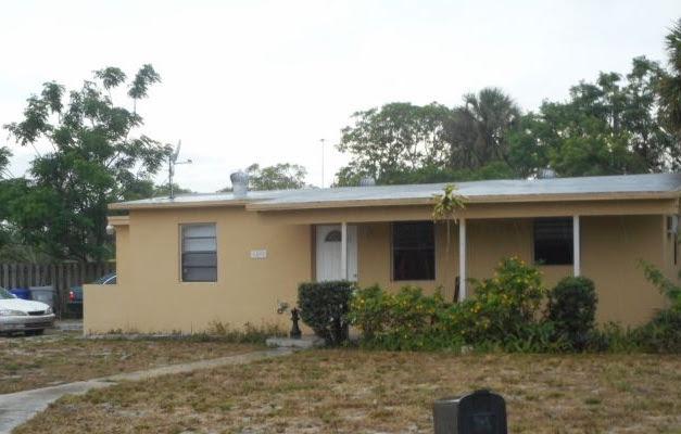 1492 NE 53rd Ct, Pompano Beach, FL 33064