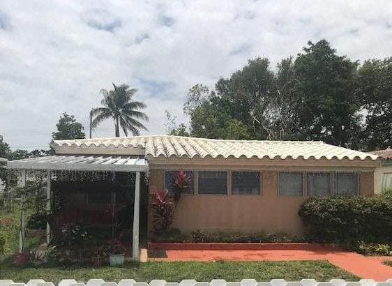 1648 NE 172nd St, North Miami Beach, FL 33162
