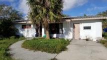 1684 Mosswood Dr, Melbourne, FL 32935