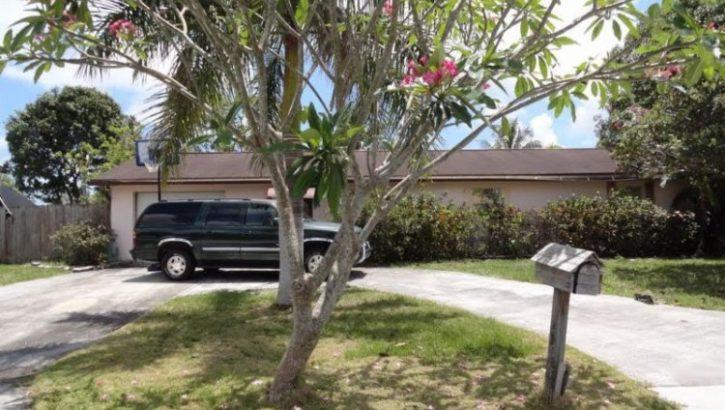 2938 Donald Rd, Lake Worth, FL  33461