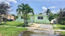 5341 Harriet Pl, West Palm Beach, FL 33407