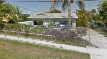 1012 Loxahatchee Dr, West Palm Beach, FL 33409