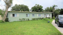 1759 NW 44th St, Miami, FL 33142