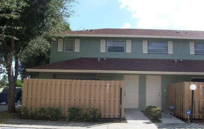 801 Cypress Way W, Palm Springs, FL 33461