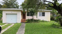 885 NE 134th St, North Miami, FL 33161