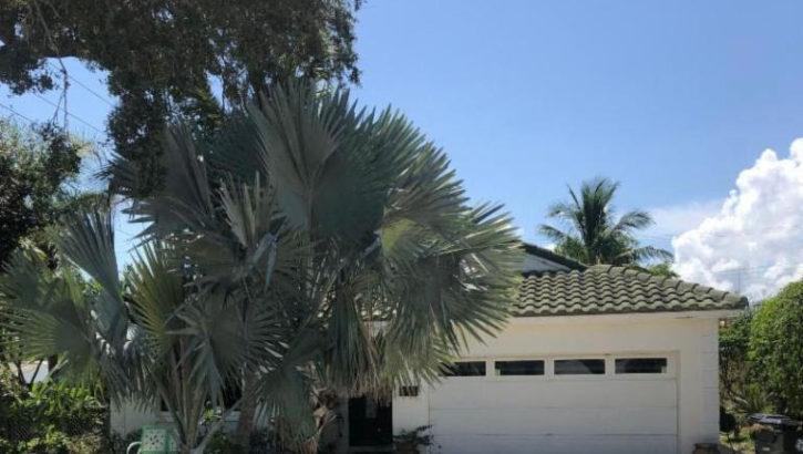 1529 S Palmway, Lake Worth, FL 33460