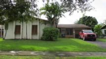 19610 Lenaire Dr, Cutler Bay, FL 33157