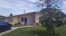 203 SW 8th Ct, Delray Beach, FL 33444