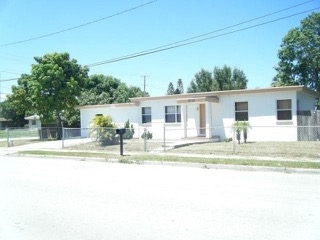 2110 Avenue G  Fort Pierce, FL 34950