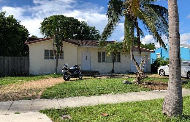 344 Forest Hill Blvd, West Palm Beach, FL 33405