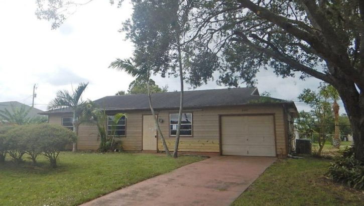 4441 SW Dyro Ln, Port Saint Lucie, FL 34953