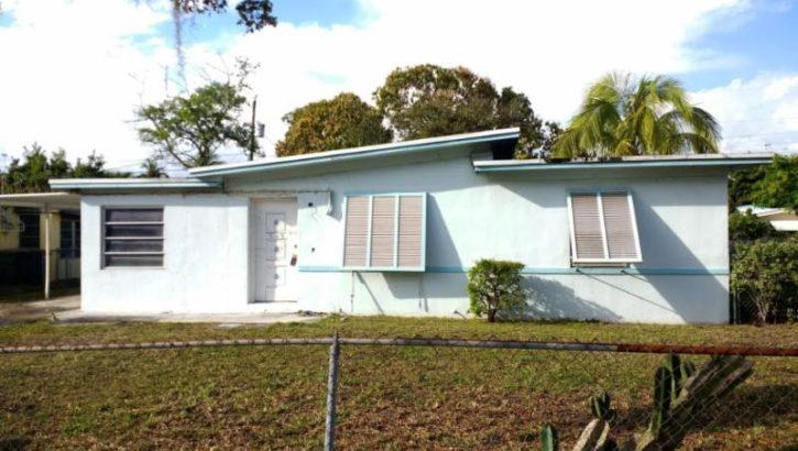 545 NW 135th St, North Miami, FL 33168