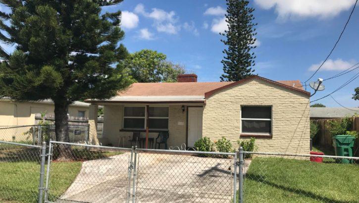 130 W 16th Street Riviera Beach FL 33404