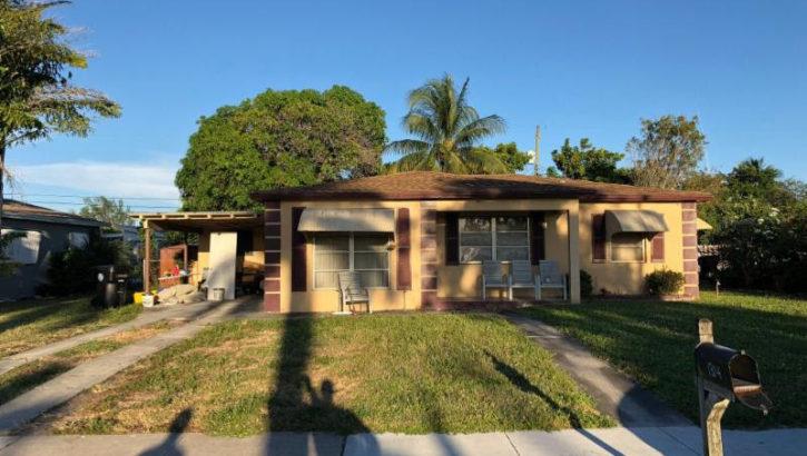 1314 Tropical Dr. Lake Worth FL 33460