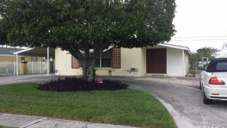 1360 W 1 St. Riviera Beach FL 33404