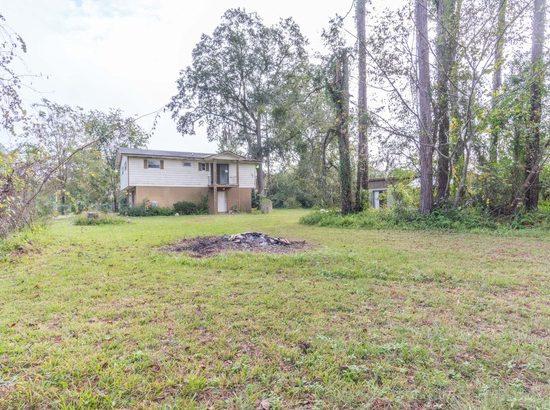 1432 Jr Rd. Jacksonville, FL 32218