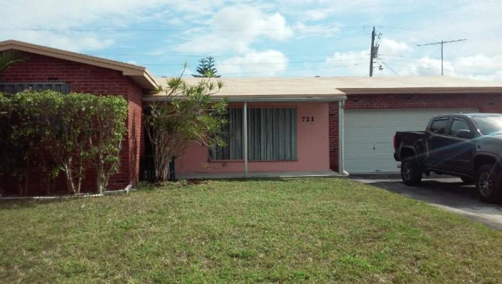 721 SW 64th Pkwy, Pembroke Pines, FL 33023