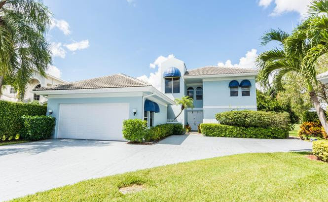 9733 Spray Dr. West Palm Beach, FL 33411