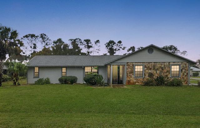 4915 Paleo Pines Cir. Fort Pierce, FL 34951