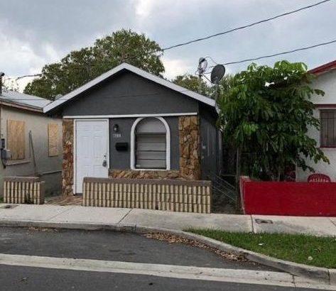 811 Division Ave, West Palm Beach, FL.33401