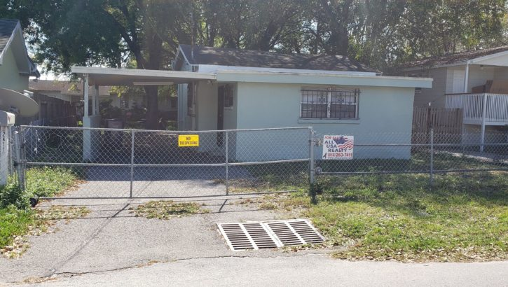 2411 Linsey St. Tampa, FL 33605