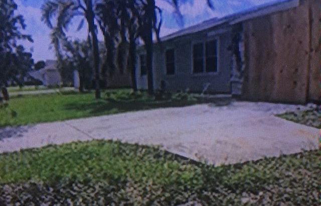 1998 SE Berkshire Blvd. Port St. Lucie, FL 34952